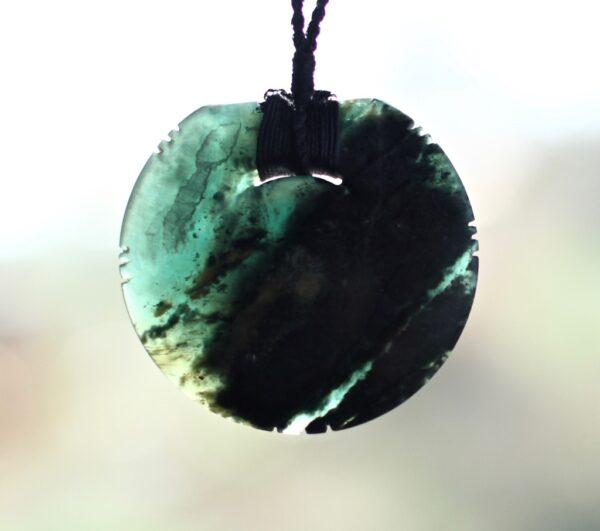 Tangiwai, necklace, bowenite, already ancient