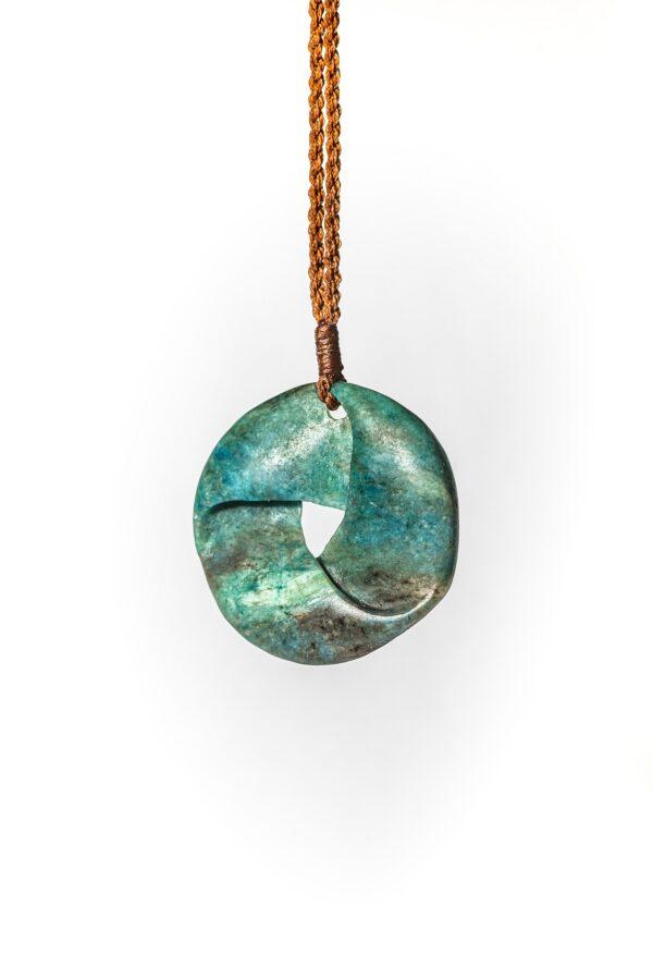 Aotea, moebius, gemstone, nz made, pounamu, jade carving