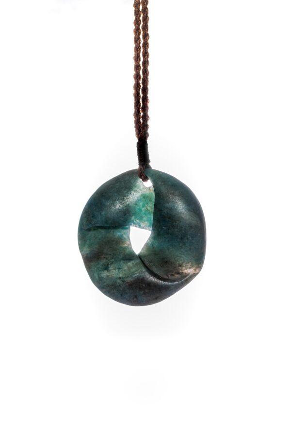 aotea, gemstone, stone carving moebius, nz made